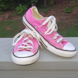 Converse All Star girls pink sneakers